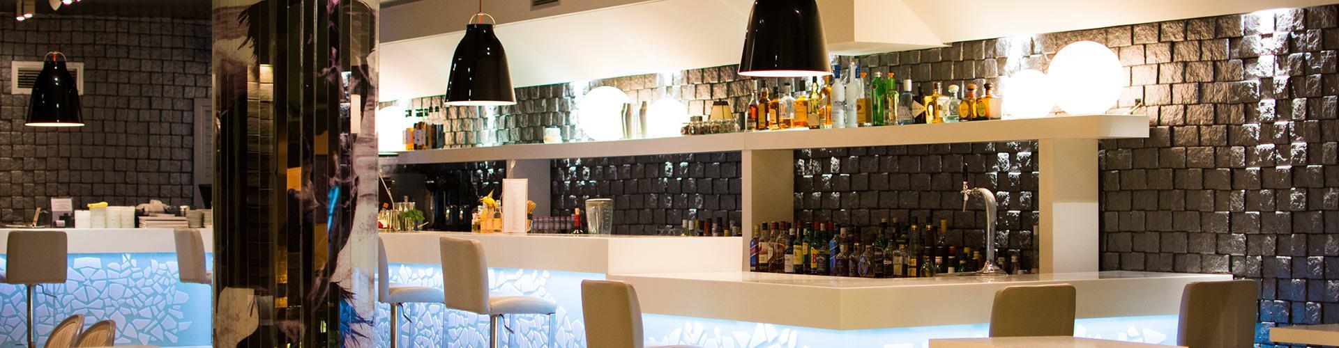 Lobby Cocktail Bar - Skiathos Island - Papadiamantis Street